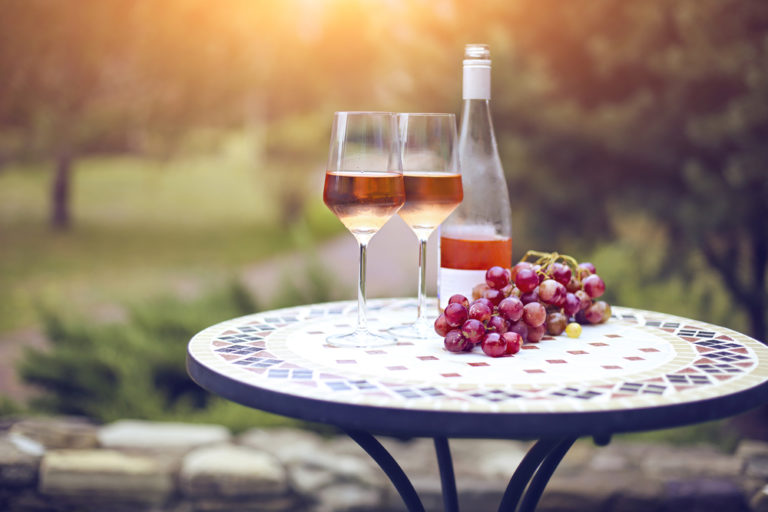 Rose Wine for Beginners (Everything You Need to Know)